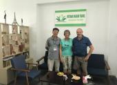 Voyageurs chez agence locale Vietnam Dragon Travel  (32)